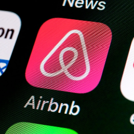 How to Host on Airbnb Legally