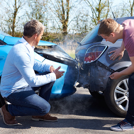 When to Hire a Lawyer for a Car Accident